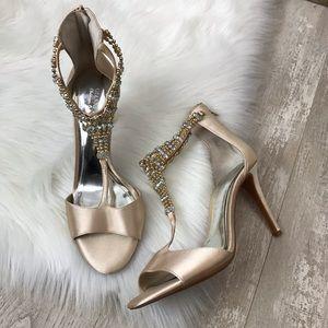 Gianni Bini Jewel Embellished T-Strap Heels Sz. 9